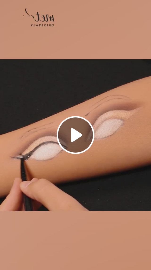 Makeup Ideas On Hand - Video & GIFs | hand makeup, makeup, best makeup products, makeup eye looks, eye makeup, myla, makeup techniques, hani, makeup ideas, sewing patterns